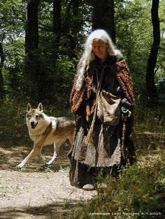 The beautiful Italian actress Anna Orso and wolfdog Arimminum Last Navarre in the film L'Anno Mille.