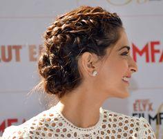 Best Sonam Kapoor Bun Hairstyles For Indian Wedding and Festive Season
