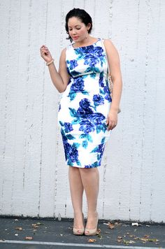 form-fitting floral: GirlwithCurves