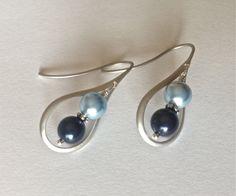 Silver Drop Earrings, Pearl Earrings, Blue Tones, Beautiful Gift Boxes, Bridal Gifts, Beautiful Earrings, Wedding Jewelry, Dangles, Fine Jewelry
