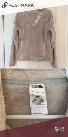 Women's north face Super cute women's north face. Size small. Only worn a few times. In like new condition! North Face Jackets & Coats