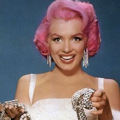 pink haired Marilyn