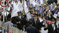 Pilotos de Avianca suspenden huelga