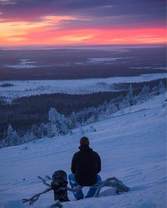 Our week in @pyhaskiresort has started better than well  And I must say this sunset was one of the best I've ever seen. Lets see what else this week will bring along.