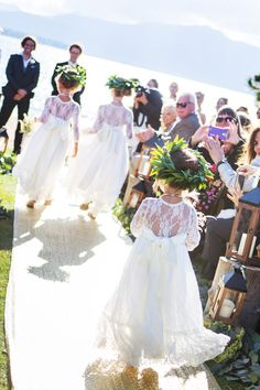 Flower girls win lace dresses + flower crowns of greenery {Jarvis Photography}