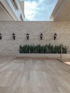 House Fence Design, Exterior Wall Design, Fence Gate Design, Front Yard Garden Design, Backyard Garden Design, Backyard Pool Designs, Interior Garden, Facade House, Ideas