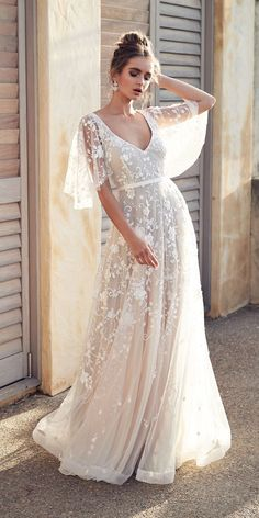 Anna Campbell Wedding Dresses 2019 — Wanderlust Collection Anna Campbell wedding dresses 2019 are bohemian, sparkle, that just shimmer with splendor. See ideas below and find dress for your taste - Anna Campbell, Long Sleeve Wedding, Wedding Dress Sleeves, Maxi Wedding Dresses, Autumn Wedding Dresses, Lace Sleeves, Big Bust Wedding Dress, Lace Dress, Bell Sleeves