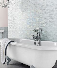 Botella Shimmering Glacier Mosaic Blue, Mixed or Silver Floor or Wall glass tile with a Satin finish. Mosaic Bathroom, Bathroom Wall, Mosaic Tiles, Small Bathroom, Master Bathroom, Glass Tiles, Mosaic Wall, Bathroom Vanities, Mosaic Glass