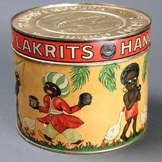 lakritsipurkki_hangon_lakritsia_pyorea Vintage Tins, Retro Vintage, Vintage Stuff, Old Things, Things To Come, Tin Man, Coffee Cans, Nostalgia, Give It To Me