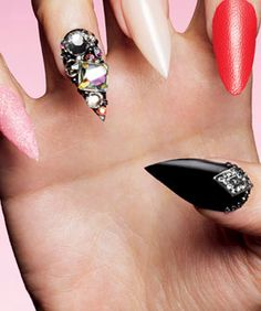 Lady Gaga Has A Different Manicure For Dinner, Drinks,