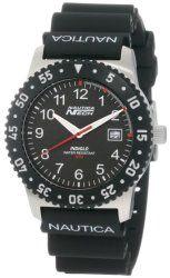 Nautica Men's N06511 Resin Round Analog Watch