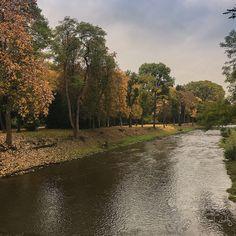Die Ahr in Bad Neuenahr am Kurpark