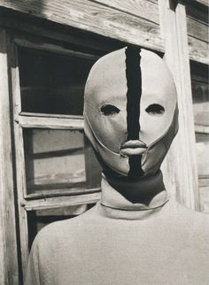 Emilio Pucci, Freeze Protection Mask, This example photographed by Carlo Mollino at his Casa Del Sol in Cervinia, Aosta Valley. Emilio Pucci, Wave Gotik, Oeuvre D'art, Dark Art, Portrait, Body Painting, Art Inspo, Creepy, Halloween Face