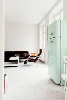 r frig rateur cong lateur hauteur 192 6 cm couleur rouge oh les beaux frigos smeg pinterest. Black Bedroom Furniture Sets. Home Design Ideas
