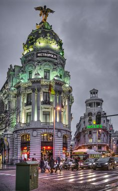 Gran Vía, Madrid, Spain Destination: the World Places Around The World, The Places Youll Go, Travel Around The World, Places To See, Madrid Barcelona, Spain Madrid, Madrid Espana, Wonderful Places, Beautiful Places
