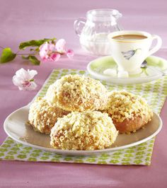 Koláčky Krispie Treats, Rice Krispies, Espresso, Muffin, Breakfast, Food, Fine Dining, Espresso Coffee, Morning Coffee