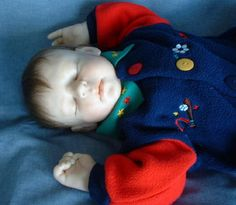 lifesized one of a kind (OOAK) baby sculpted using cernit polymer clay