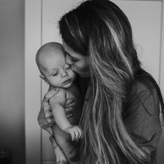 . . . . . . #kidsofinstagram#vscocam#lifestyle#pure#babysession#newbornshoot#ohbelle#lifestyleshoot#stayinbed#cuddling #thelifestylecollective#Photographer#newborn#baby#lifestyle#baby#minimeloves#minime#minimemagazine#mothehood#familylife#lifewithkids#cute#vsco