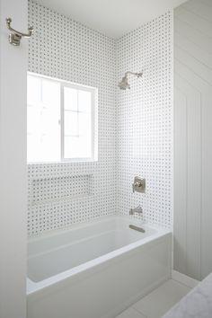 Category: Coastal Homes Bathtub Shower Combo, Shower Over Bath, Bath Tiles, Bathroom Tiling, Bathroom Laundry, Hall Bathroom, Bathroom Interior, Modern Bathroom, Master Bathroom