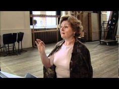 A 54min documentary of Edita Gruberova preparing for her Lucrezia Borgia debute (at age 62!).