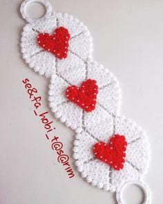 Uzun Lif Modeli - Değişik 150 Adet Lif Modeli Uzun Lif Modeli - Değişik 150 Adet Lif Modeli Çeşitli lif modelleri arasından en beğenilenlerden bir tanesi de uzun llif modelidir. Uzun lif mo...  #banyolifi #lifmodeli #LifModelleri #uzunlifmodeli #uzunlifmodelleri Crochet Gifts, Crochet Doilies, Crochet Stitches, Crochet Patterns For Beginners, Baby Knitting Patterns, Crochet Accessories, Crochet Earrings, Valentines, Holiday