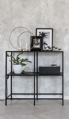 Home Living Room, Living Room Decor, Bedroom Decor, Wall Decor, Home Interior Design, Interior Decorating, Gray Interior, Decorating Ideas, Classic Interior