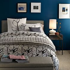 Art and design navy blue bedrooms, gray bedroom, blue rooms, bedroom colors Bedroom Colors, Home Decor Bedroom, Bedroom Wall, Diy Home Decor, Bedroom Ideas, Master Bedroom, Bedroom Simple, Bedroom Designs, Pretty Bedroom