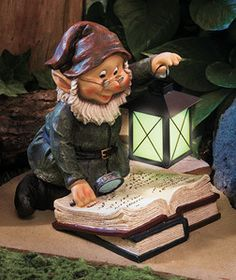 Make Garden gnomes Statues | Storybook Gnome Glowing Lantern Light Garden Outdoor Statue Decor ...