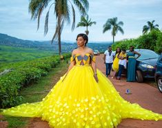 African wedding attire - 15 Popular Wedding Colours And Their Meaning – African wedding attire African Bridal Dress, African Print Wedding Dress, African Wedding Attire, African Prom Dresses, Latest African Fashion Dresses, African Inspired Fashion, African Print Fashion, African Dress, Bridal Dresses