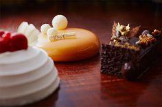 ハイアット リージェンシー 京都のクリスマスケーキ&ベーカリー、苺のショートケーキや胡桃チョコケーキ