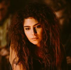 Nadia Hilker (@nadiahilker) | Twitter The 100 Luna, The 100 Season 3, Season 4, Nadia Hilker, Red Sky At Morning, The 100 Characters, Female Characters, Fictional Characters, Marie Avgeropoulos