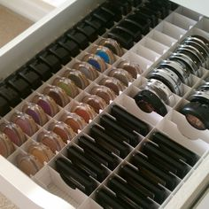 The IKEA Alex Storage - Great for when you have a ton of makeup but would work awesome for crafting embellies.I am buying one of the IKEA ALEX drawer units - wonder if they sell the organization insert too Ikea Alex, Diy Makeup Storage, Make Up Storage, Makeup Vanity Organization, Diy Makeup Organizer, Ikea Makeup Vanity, Makeup Holder, Creative Storage, Shoe Organizer