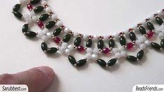 Sarubbest: Collana con perline: collare realizzato con perline e cristal...