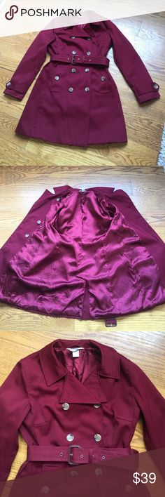 Banana Republic Trench Coat Beautiful burgundy wine color Banana Republic trench coat. Perfect for upcoming fall weather! Very good used condition with no flaws or stains. The inside of the coat is acetate (looks like satin) and looks blotchy in spots from being washed. This coat is machine washable, but has only been washed once. Banana Republic Jackets & Coats Trench Coats