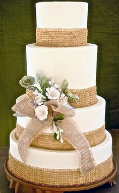 Rustic Wedding Cakes | http://simpleweddingstuff.blogspot.com/2014/04/rustic-wedding-cakes.html