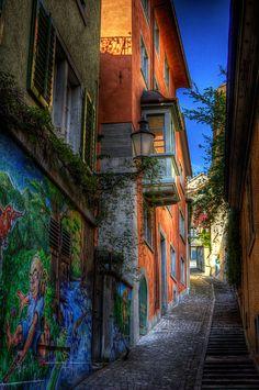 Streets of Zurich, Switzerland  http://www.travelandtransitions.com/destinations/destination-advice/europe/