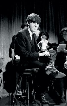 Paul McCartney (Care for something to drink?)