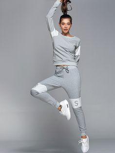 Letter Print Sweatshirt With Pants Gym Suit - LIGHT GRAY M