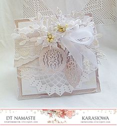 .: Christmas chit with baubles - DT Namaste