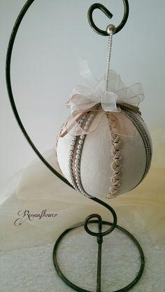 Pallina ornamentale decorata /pallina soprammobile/decorazione per la casa…
