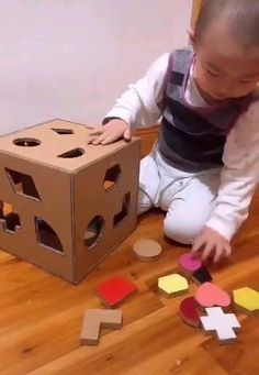 Diy kids games - How to Make Simple Toys to Enhance Kids Bra+Brain Enhance Kids simple toddler toys Toys Preschool Learning Activities, Indoor Activities For Kids, Infant Activities, Preschool Crafts, Games For Kids, Diy For Kids, Crafts For Kids, Baby Games, Learning Games