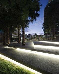 Exterior lineal light on pathway Landscape And Urbanism, Landscape Architecture Design, Light Architecture, Landscape Architects, Stair Lighting, Outdoor Lighting, Lighting Design, Lighting Ideas, External Lighting