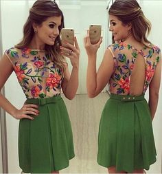 *                      Vestido cut out floral em tule Debora