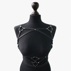 Leather Harness, Leather Belts, Dark Fashion, Gothic Fashion, Leather Lingerie, Leather Projects, Lingerie Models, Black Belt, Fashion Outfits