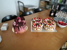 Desserts, Food, Biscuits, Cakes, Meal, Deserts, Essen, Hoods, Dessert