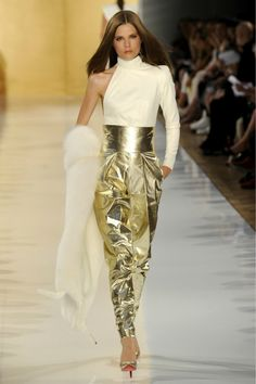 ~` ALEXANDRE VAUTHIER haute couture paris `~ |Pinned from PinTo for iPad|