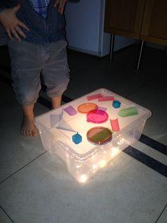 Dessus de table en plastique sur pinterest tables en plastique f te lalalo - Fabriquer une table lumineuse led ...
