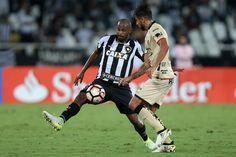 BotafogoDePrimeira: Airton explica insatisfação na saída de campo e co...
