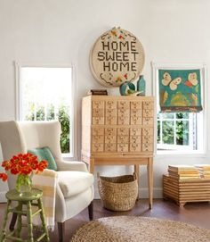 """""""Inside Sasha Emerson's Chic Cottage,"""" photo by Lisa Romerein, in Country Living -- Click through for particulars. I pretty much love every bit of this room! [Slide 5 of 10]"""