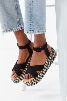 93 Best Shoes images | Shoes, Me too shoes, Shoe boots